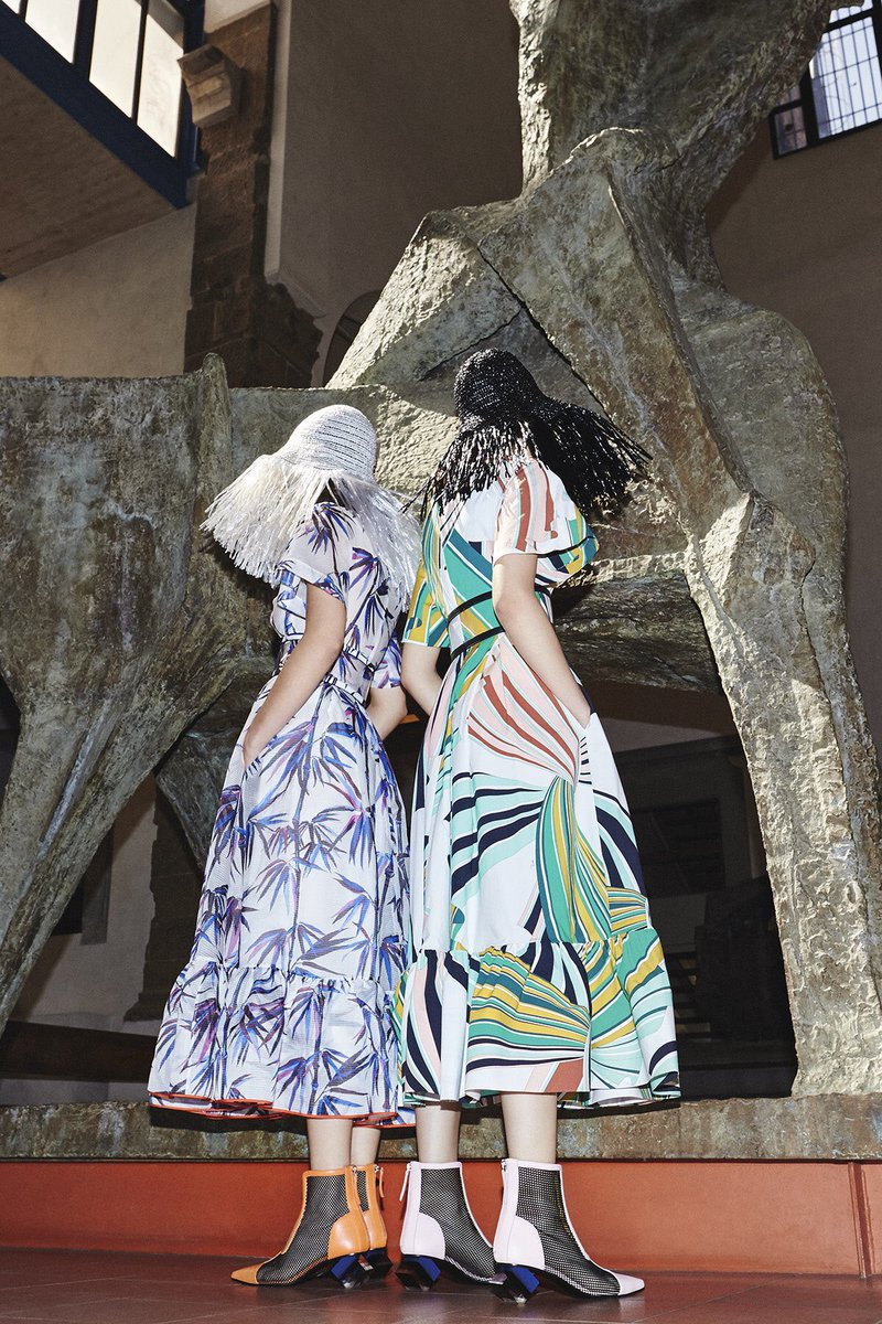 The Emilio Pucci Pre-Spring '17. Daywear, easy-to-wear, everywhere: a respectful interpretation of the Pucci codes. https://t.co/6THpwXLJdf