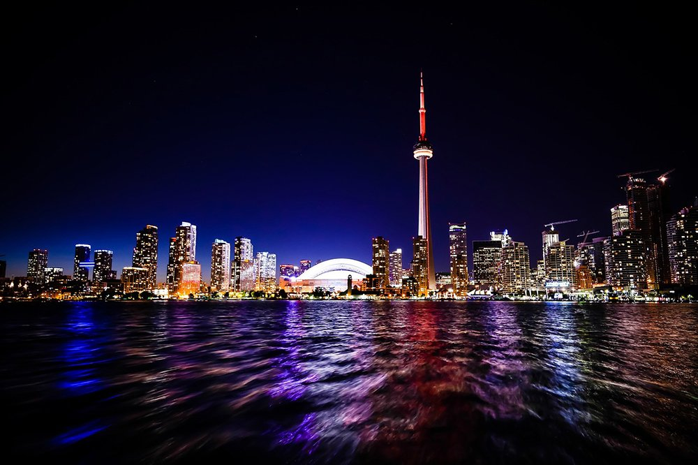 We've got 2 return flights to Toronto with @airtransat to give away. Just follow us & retweet to enter. #DUBToronto https://t.co/21FMIV9wCE