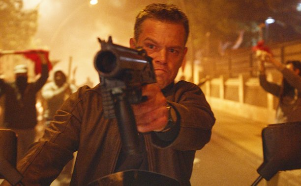 New JasonBourne teaser puts Matt Damon and Julia Stiles in the line of fire: