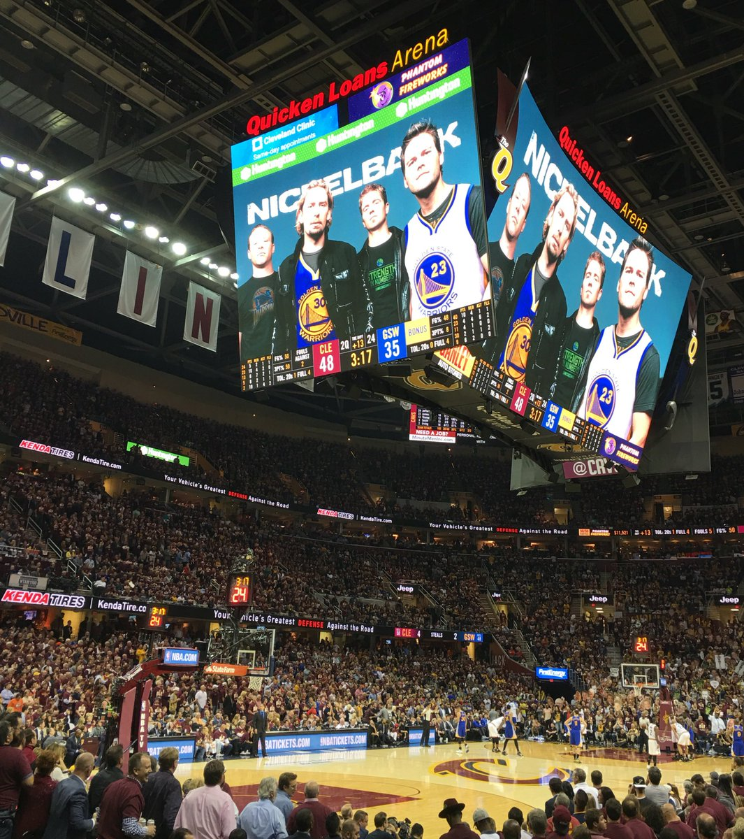 They showed Nickelback on Warriors jerseys on the Jumbotron here in Cleveland and everyone started booing. Amazing. https://t.co/1IfKK7Bsek