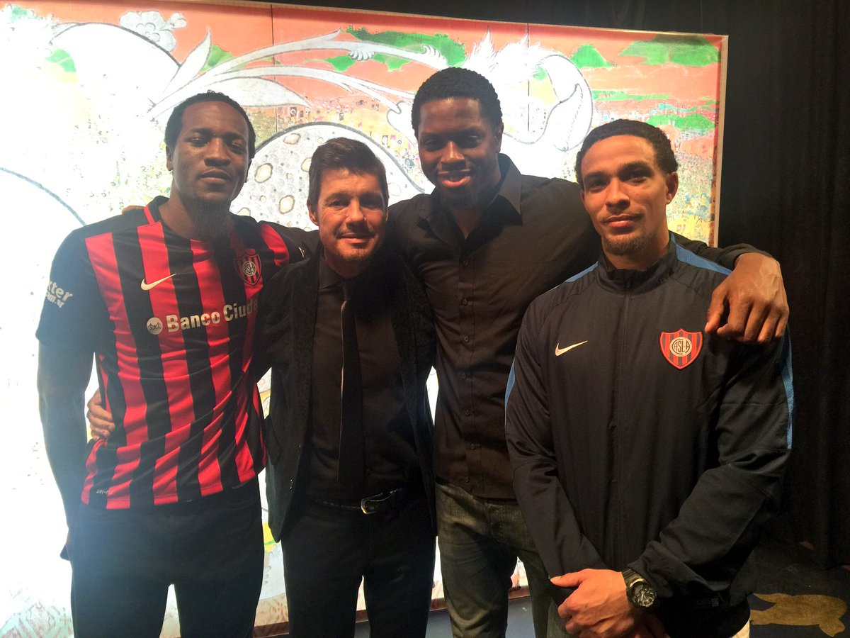 Had a great time with my teammates Marcus and @REAL_ona_RISE25 at @cuervotinelli show tonight #VamosSanLorenzo https://t.co/2Ut03ys27r