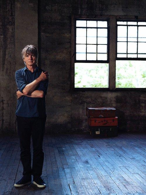 Talked to @NeilFinn about summer plans, songwriting, reissues(!) + wrestling with @liamfinn: https://t.co/rI68HuLYul https://t.co/PzMtbI6DCj