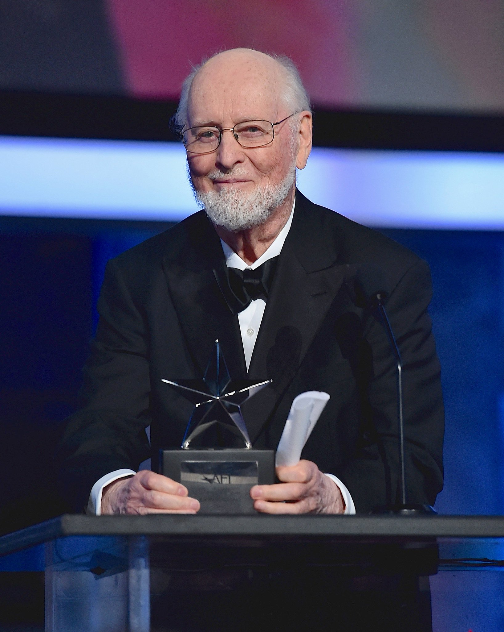 Congratulations on receiving the 44th #AFILife Achievement Award, John Williams! https://t.co/Z7SE497SzG