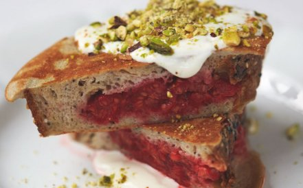 RT @TheHappyFoodie: Get your Friday off to a cracker with @jamieoliver's Berry Pocket Eggy Bread for breakfast. https://t.co/eqdKcA5BvY htt…
