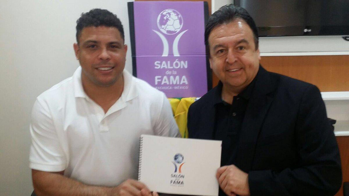 #Noticia #Urgente #DeUltimoMinuto @Ronaldo Confirmada su asistencia a la #6aInvestidura #Pachuca https://t.co/sB8HsmeenM