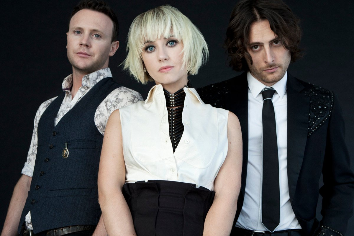 RETWEET to enter to win a pair of tickets to @joyformidable at @TheReadyRoom this SAT! #LoudestSummer #STL https://t.co/vluN2QB5ga