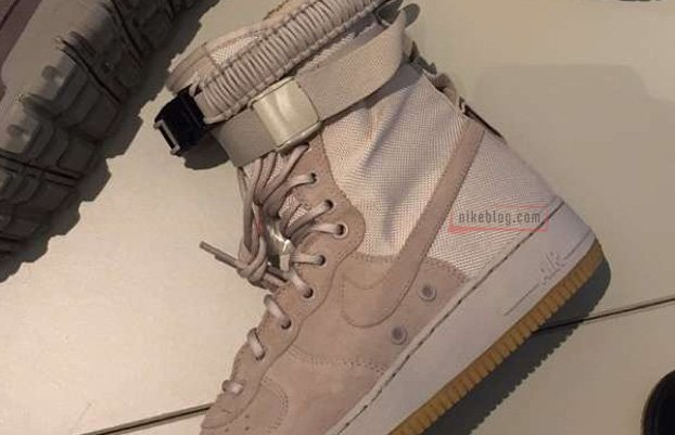 The Air Force 1 is evolving. https://t.co/hVWFDki12l https://t.co/bsNTww7IXq