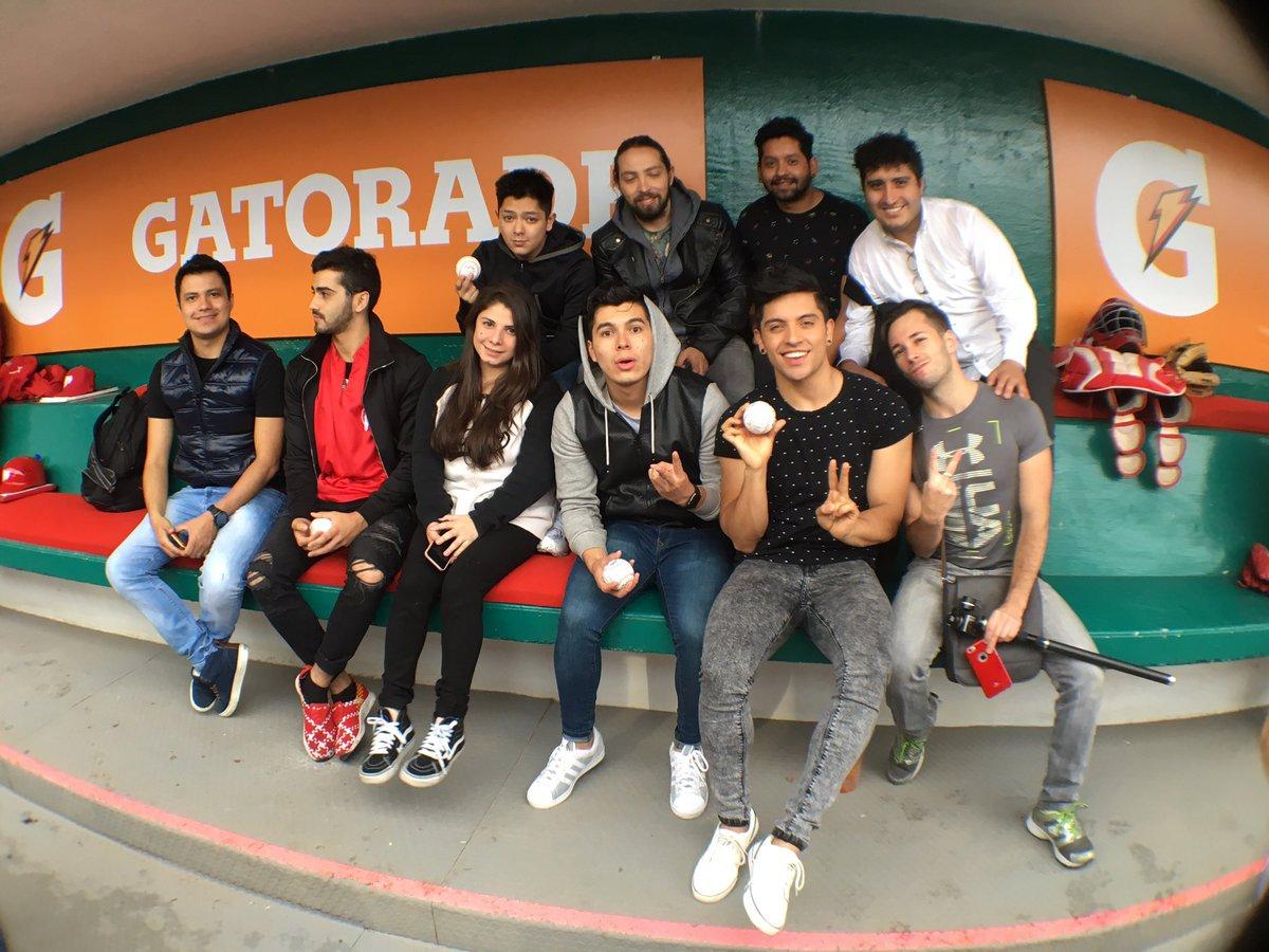 . @los_influencers y @producermex están aquí en #TerritorioDIABLOS esperando lanzar la 1a bola del Clásico #LMB https://t.co/kpaVCzpdca