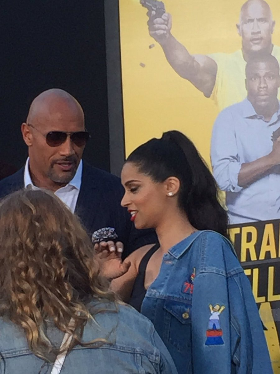 Spotted! @TheRock with one of our absolute faves @IISuperwomanII