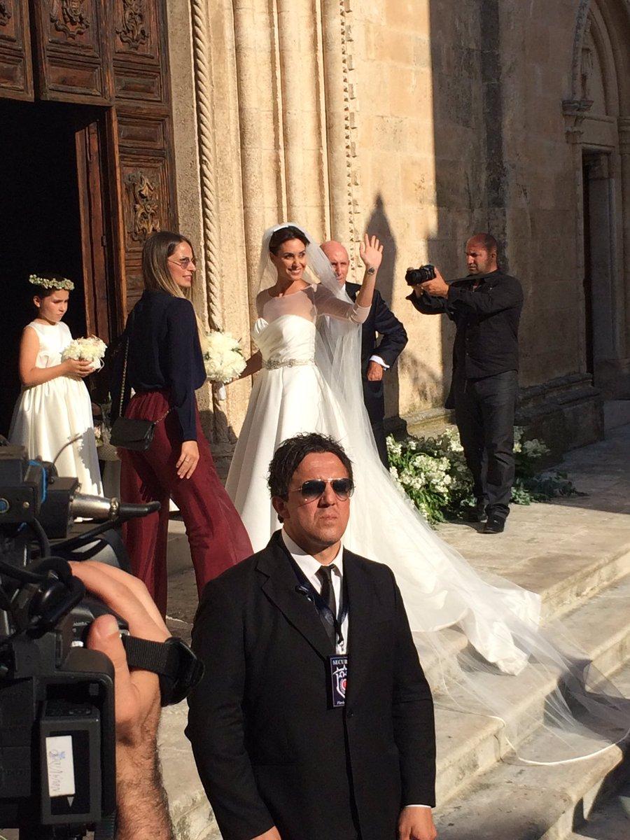 Флавия пеннетта и фабио фоньини свадьба фото