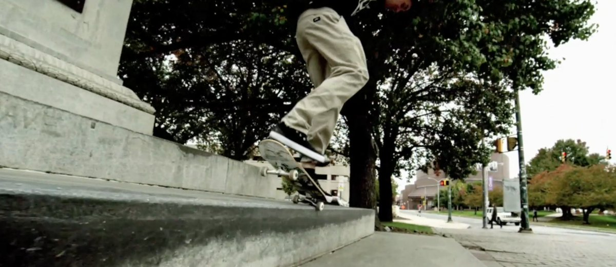 Tons of great skating footage was put together w/ a really cool song by @BEATZ_BY_B_DON... https://t.co/yT0sjQcwNK https://t.co/Pd14cqIHwi
