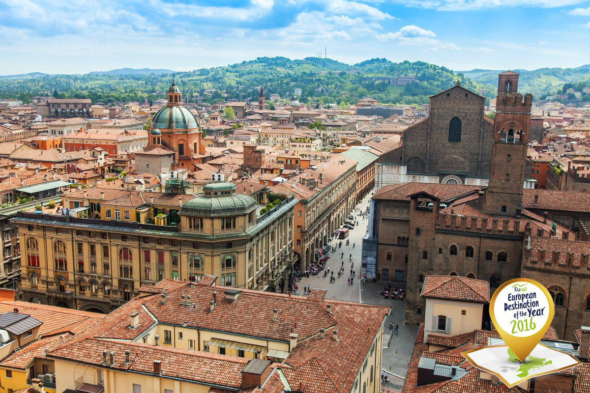 Vote for #Bologna as #DestinationAward2016 and win 2 Interrail Passes! ➤ https://t.co/H4DAHowVk3 @BolognaWelcome https://t.co/bHjFDPzENV