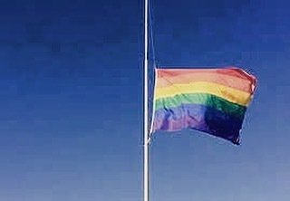 #love and #strength to #orlando https://t.co/dr1jHK3Y0E