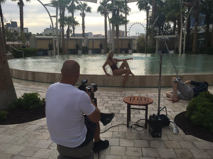 #bts on my shoot in Vegas this weekend! Back to LA today and can't wait!!! https://t.co/Bomaf9zpJF