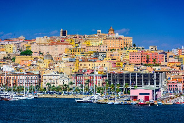 Lovely beaches/landscapes & distinctive culture/history/cuisine await in
