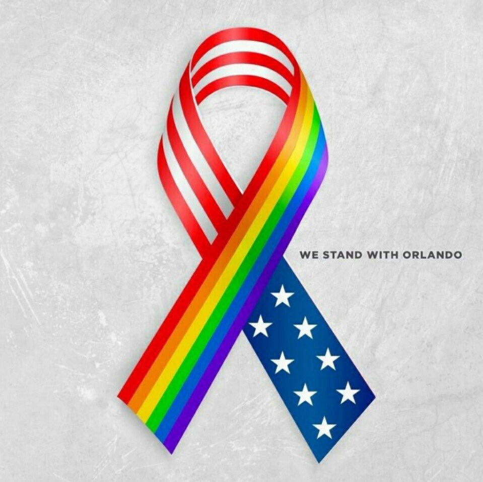 My head hurts over the tragic violence in #Orlando ... How can someone carry so much burden that is hate? https://t.co/RMdQ6ve2Ag