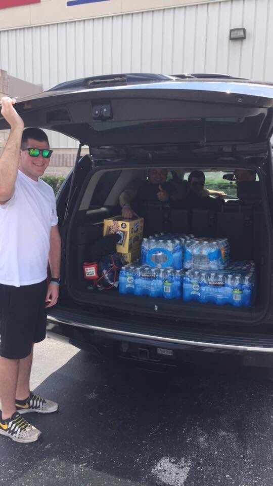 @UCFGOP giving water & snacks to those waiting to donate blood for victims of this morning's attack #OrlandoStrong https://t.co/JLqReEDKFp