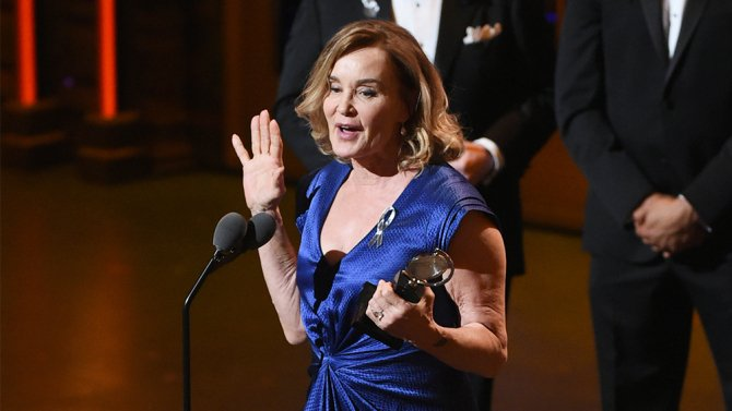 TonyAwards: How @MrRPMurphy made Jessica Lange's big win possible