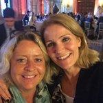 Ikke en selfie - men en Helfie ???? dejligt gensyn med sej kvinde, der høstede stort EU bifald her #dkpol @EuropaBev https://t.co/qHk2TRK4SG