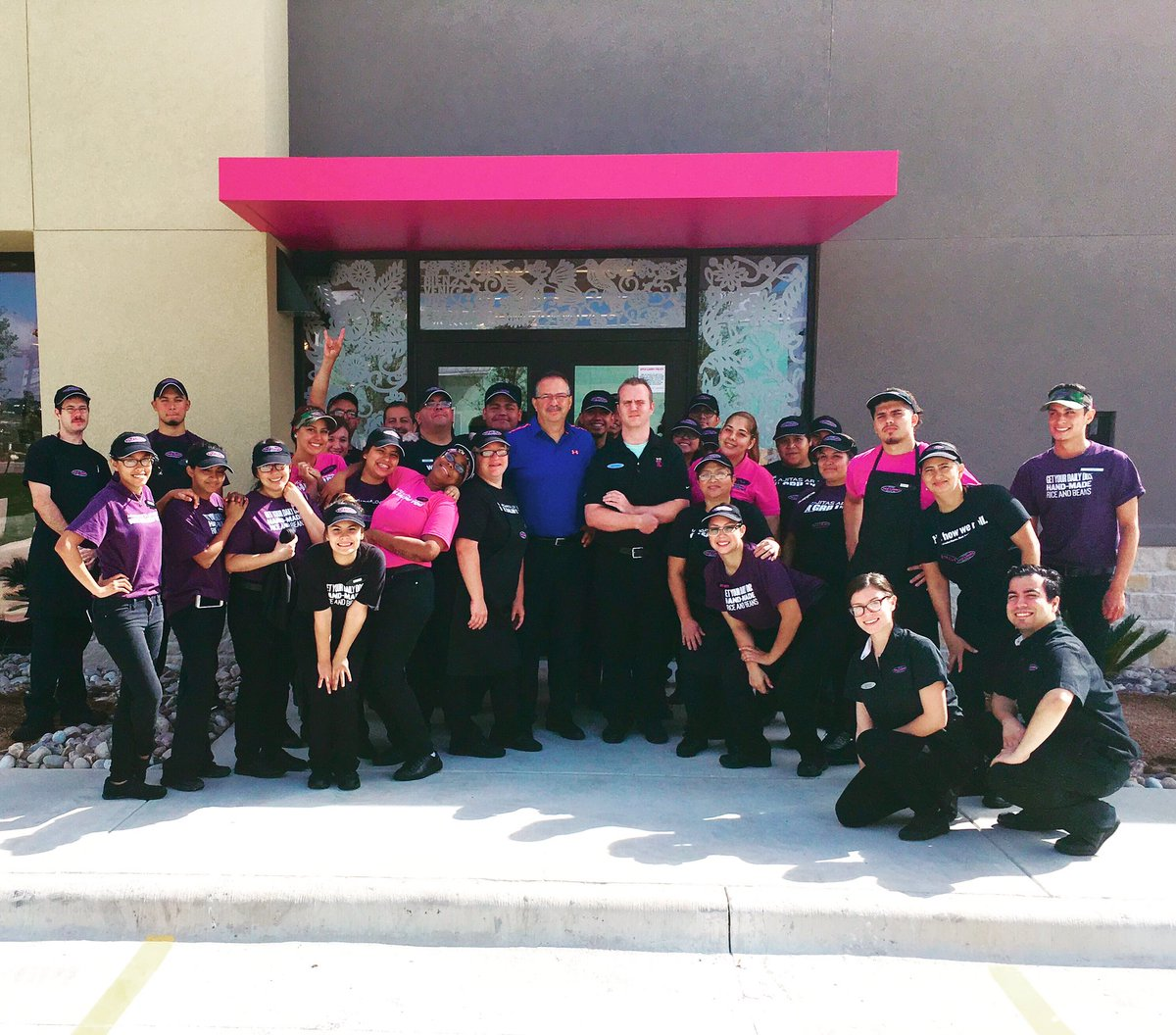 We are officially open in Kyle! Come see us at the northeast corner of I-35 and Kyle Parkway.