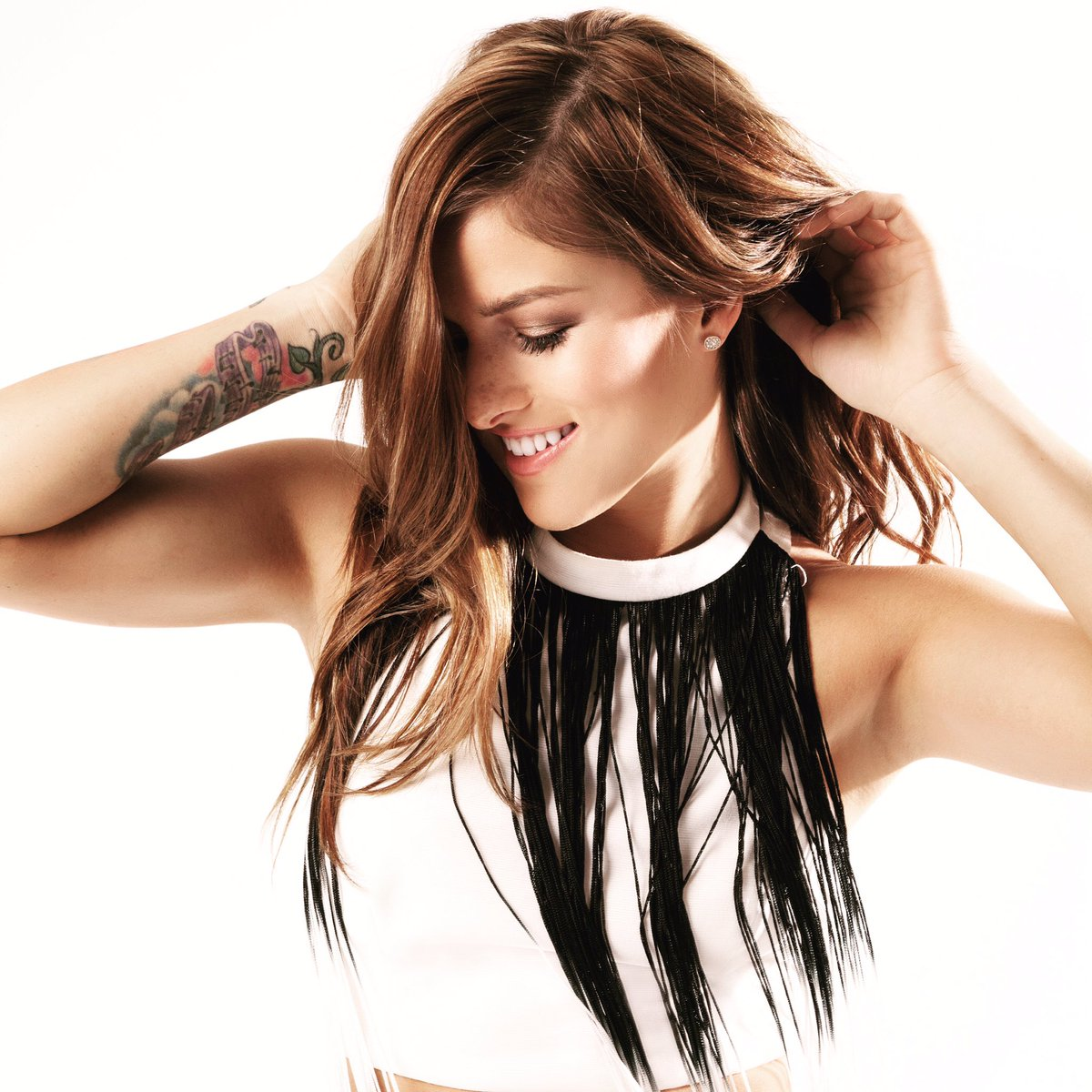 Welcome @cassadeepope to the Go Country 105 family! Right after #GrahamInTheMornings is the #CassadeePopeShow! https://t.co/HJEk5AkxGu