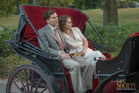 There's a certain magic to Central Park at dawn. @cafesocietyfilm is in select theaters July 15. https://t.co/4PHq5Cj6Xs