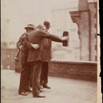 Selfies have been around for a while. Photograph from the Museum of the City of New York, 1920. https://t.co/t5nkPminMk