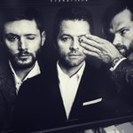 Yuck, @jarpad! This is how you get pink eye! @JensenAckles @theroguemag https://t.co/a5GPL39UYl