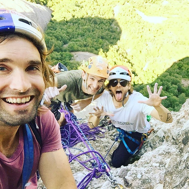 The Monserrat trio ???? @SharmaClimbing https://t.co/oUDbq38RyX