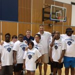 Thanks to @UofNO President @UNOpresidentJN 4 stopping & supporting @SpecialOlympics Basketball clinic #unoproud https://t.co/WErWXyRqgt