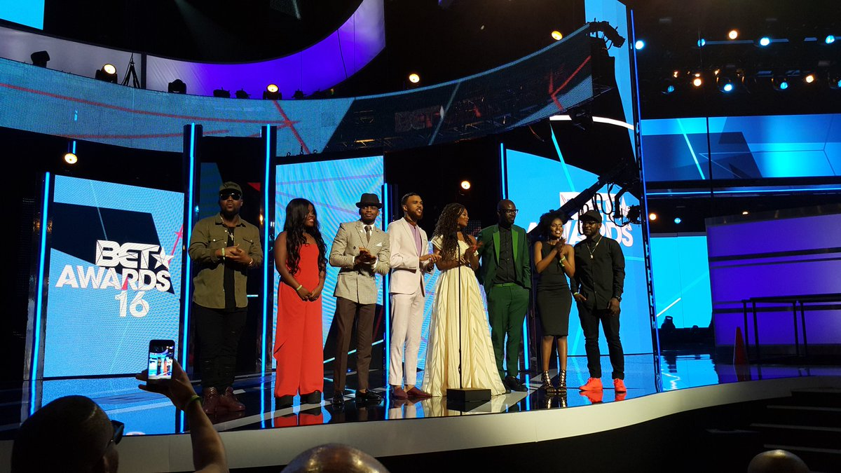 All nominees were invited to stage but one chose to not go making things rather awkws #BETAwards16 @SundayTimesZA https://t.co/xELp5rrcRE