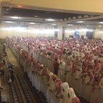 لقطات من الصلاة على المغدور بها #هيله_العريني في جامع الراجحي . #داعشيين_يقتلون_والديهم - https://t.co/FnyQ60d5nb