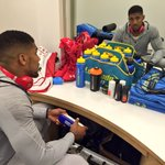 In the building! Cant wait to see you all ???? #AJBoxing https://t.co/WyiEceJFKo
