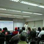A esta hora taller de comunicación digital para medios comunitarios de Caracas! https://t.co/ngWILkatSU