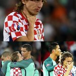 A nice gesture from Cristiano Ronaldo, consoling his Real Madrid teammate Luka Modric. https://t.co/HAMkcmImq1