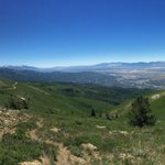 From Bountiful Peak towards the Wasatch & Salt Lake Valley. @StormHour @WeatherNation @NWSSaltLakeCity @abc4utah https://t.co/www2Xw0e59