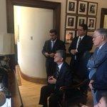 Allup fue a EEUU a pasear porq en la OEA lo sentaron en un taburete y lo pusieron a ver TV Jajaja #AllupVeteAlCarajo https://t.co/rwQtvbhyR4