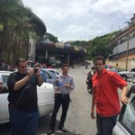 Sebin interroga a periodista de El Pitazo y retiene su teléfono https://t.co/voeDs1qeOh https://t.co/a64aeS3f27