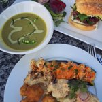 Food made with love @glassrootsldn. <3 #ldnont #stayglassy #vegan https://t.co/urRgBEdCi9