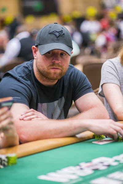 Nice to see @PKessel81 in today's Monster Stack field. If he plays poker like he does hockey, look out players! https://t.co/uoWL5j2cAd
