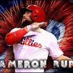.@CameronRupp! A 2-run home run to dead center puts the #Phillies on top 3-2! https://t.co/tou8vwpDi6