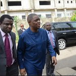 JUST IN: Extremist EFCC Official Attacks Femi Fani-Kayode In Detention Facility https://t.co/jnoAvWiJyP https://t.co/mZfgvAmuVs