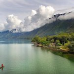 Cantiknya Danau Laut Tawar, Keindahan Alam di Tanah Gayo Aceh. #thelightofaceh https://t.co/lbcYmssVvc @barrykusuma https://t.co/JpHhhCiFOD
