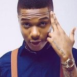 Wizkid Celebrates as One Dance Becomes the Longest Running UK No.1 Single ... - https://t.co/BpQQszuEte - ... https://t.co/kKMDAHR90I