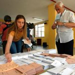 """[EN DIRECTO #26J] #EleccionesGenerales2016, la """"segunda vuelta"""" https://t.co/QvEZsDSpqm #EleccionesGenerales2016 https://t.co/vu9rtNSlPp"""