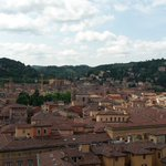 Tigelle, crescentine e Bologna dallalto. Il prossimo aperitivo sulla terrazza di S.Petronio https://t.co/nGdAm7iCCZ https://t.co/bpQtew2RLn