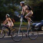 #PDX MT: @Oregonian Portlands World Naked Bike Ride creates momentary bonds of bareness - https://t.co/mU6x2XlIB5 https://t.co/d3VbKtdgvb