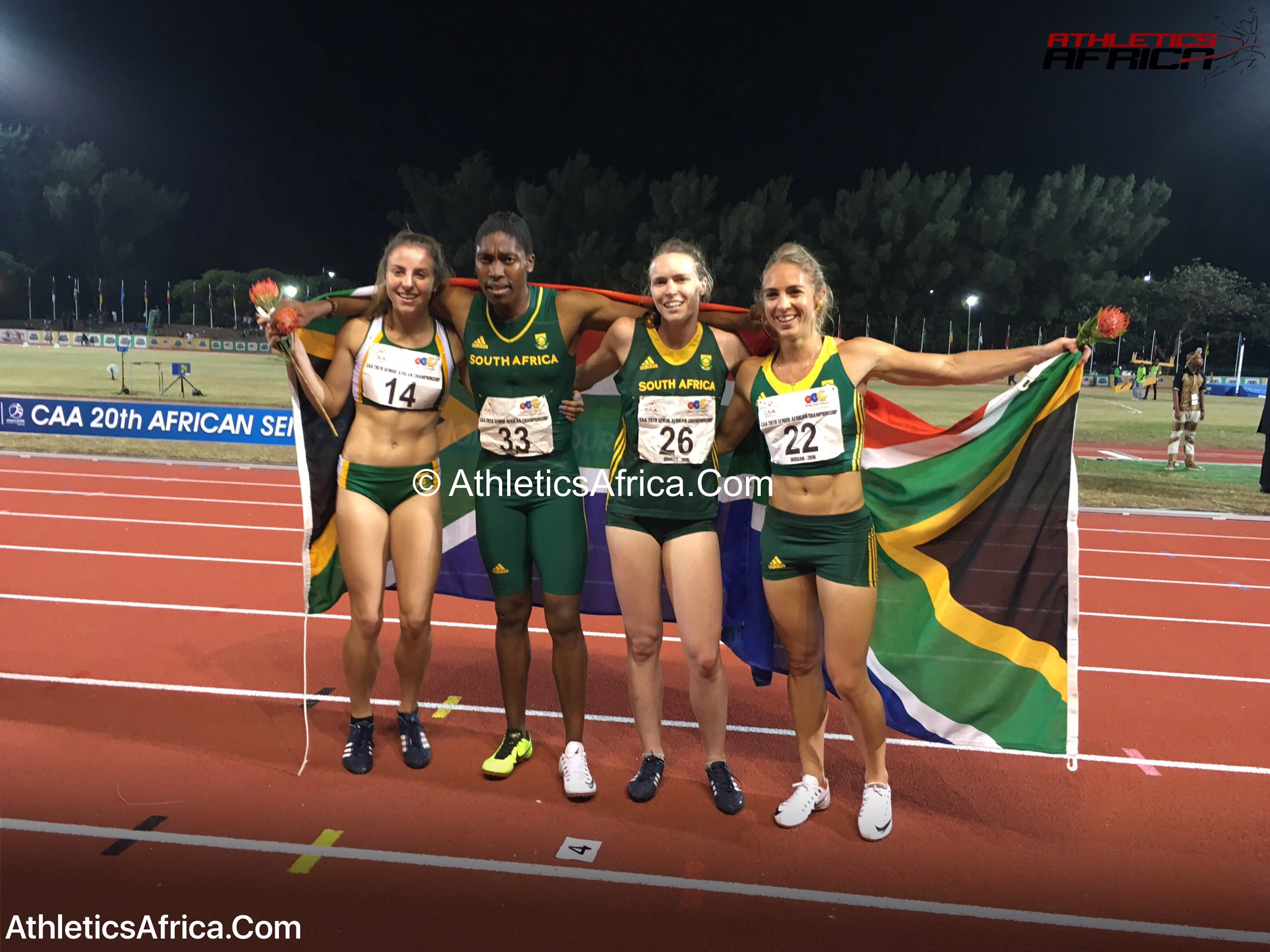 Wow! I need to catch my breath. #CasterSemenya just took on #Nigeria's 4x400m team & beat them in #SARecord 3:28.50 https://t.co/nx918TGUnX