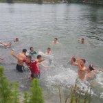 DiariodeNavarra: RT DN_deportes: ???????? El baño de los campeones. ¡#Osasuna Promesas se tira al agua! … https://t.co/nJ8brBwsef
