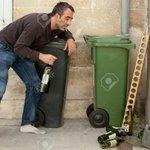 "????????????????""@masaku_: Jimmy Gait chillin with his white fans https://t.co/RlaRmAXEOX"""